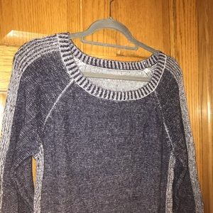 women's navy blue sweater